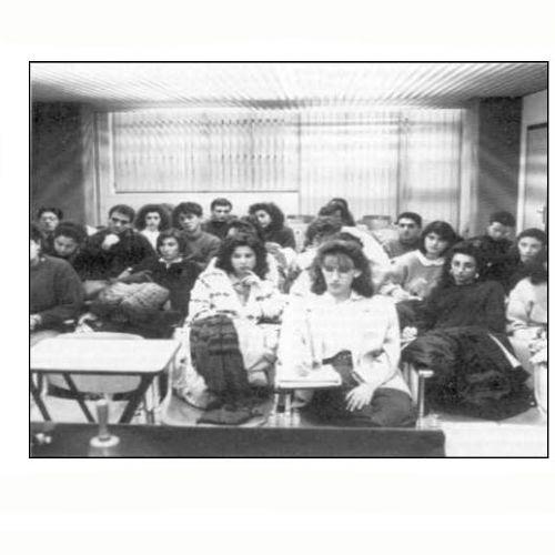 Gli allievi nell'aula di formazione dell'A.P.A. di Como